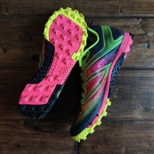 NWOT Reebok Trail Running Shoes